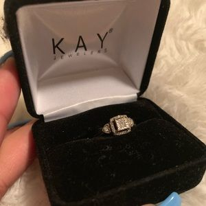 Diamond ring 1/6 carat. Sterling Silver/10K gold